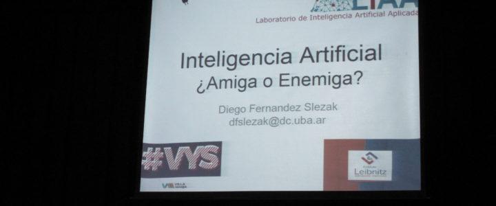 Mesa de debate sobre Inteligencia Artificial